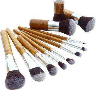 Evvie make-up kwasten set, 11-delig – bamboe – Basic Collection