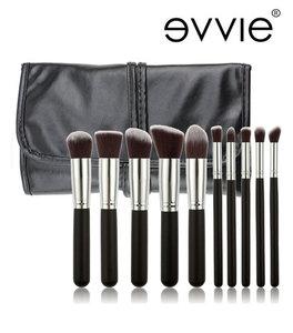 Set van 10 make-up kwasten kabuki zwart/zilver in hoes